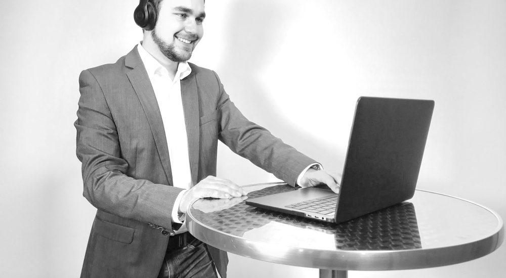 Speak Rhetorik Business Skype